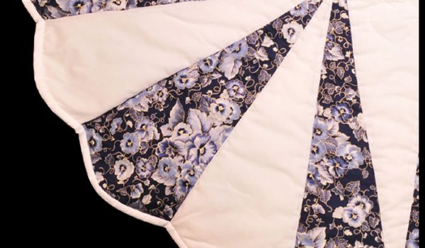 White Purple Dhalia Quilt