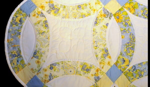 white yellow quilt